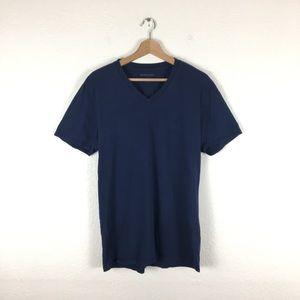 Everlane V-Neck T shirt